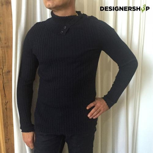 9de510eb4d47 Pánske svetre - Designershop outlet so značkovým oblečením a doplnkami